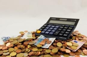 Осигурителният доход спада