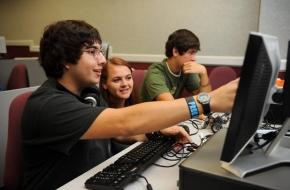 IT бизнесът ще инвестира в обучението на ученици